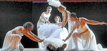 "jonas schlagowsky in ""mephisto"" am nationaltheater weimar"