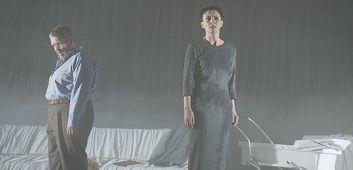 bettina engelhardt - stehende ovationen bei premiere