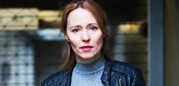 """julia beerhold - """"professor t"""" (zdf)"""